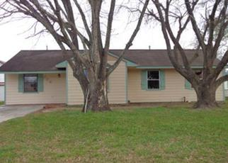 Highlands, TX 77562 Foreclosed Home ID: 2582606